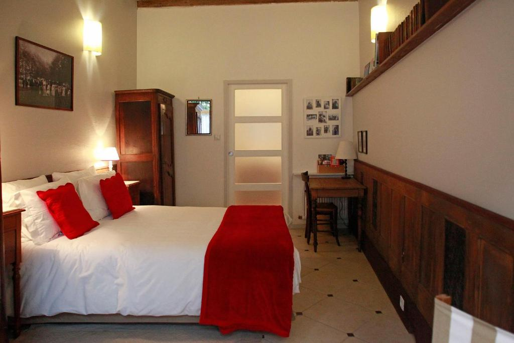 les chambres de mathilde r servation gratuite sur viamichelin. Black Bedroom Furniture Sets. Home Design Ideas