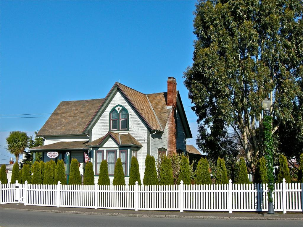 Coos Bay Bed And Breakfast
