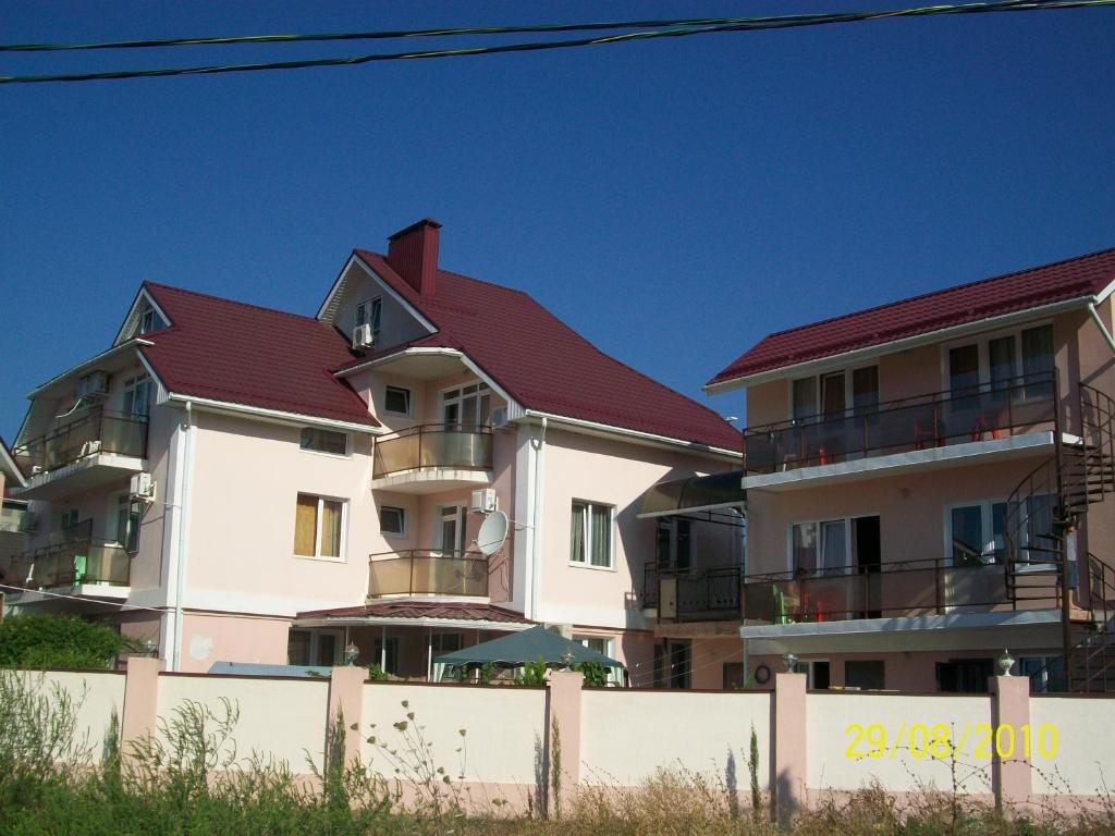 лазаревское частные гостиницы