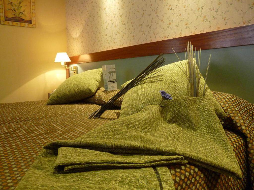 Hotel jard n de aranjuez aranjuez reserva tu hotel con for Hotel jardin aranjuez