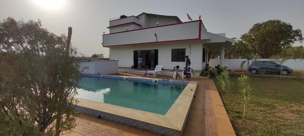 Tarangan Villa Badlapur View Deal Guest Reviews