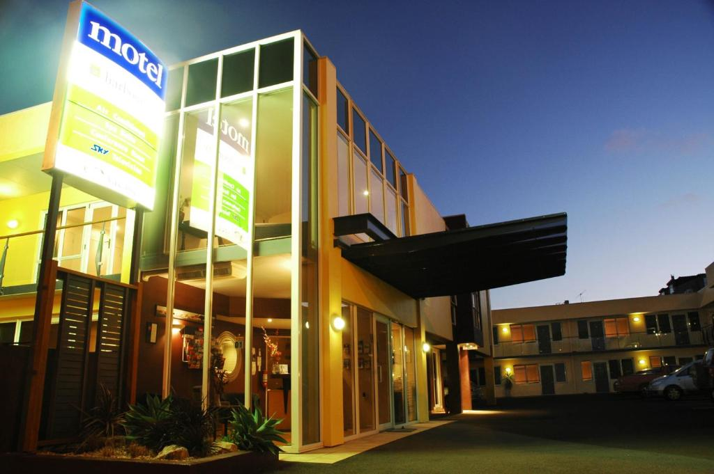 Harbour City Motor Inn Conference Tauranga Book Your Hotel With Viamichelin