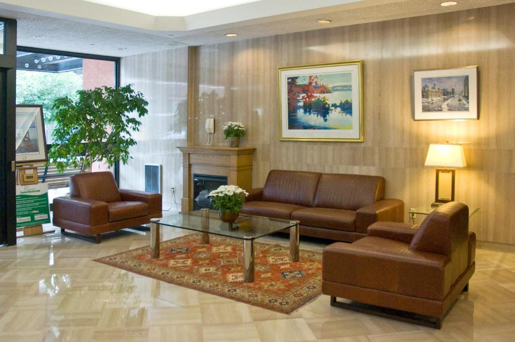 Embassy Suites Ottawa Restaurant