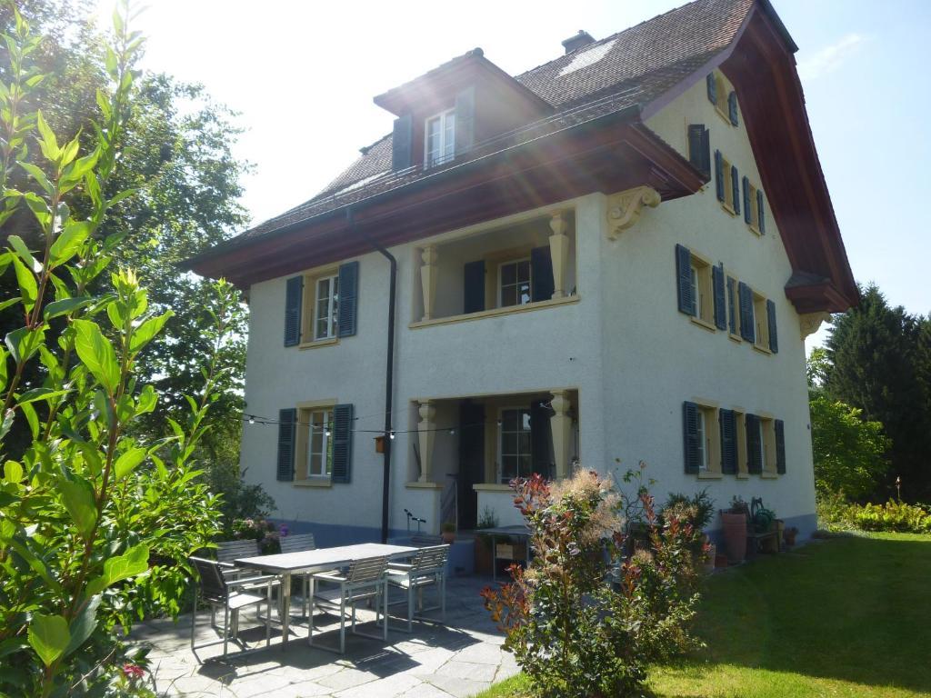 4 star garden apartments luzern emmen informationen for Katzennetz balkon mit alfamar algarve gardens apartments