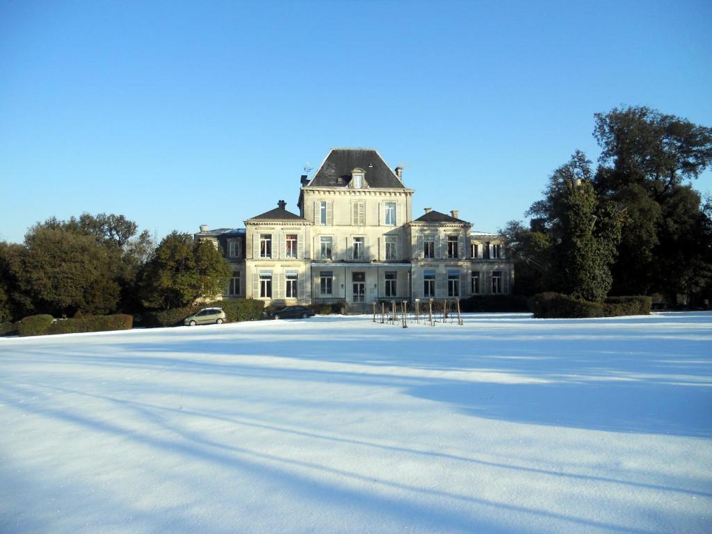 H tel domaine du breuil cognac cognac online booking for Hotel cognac