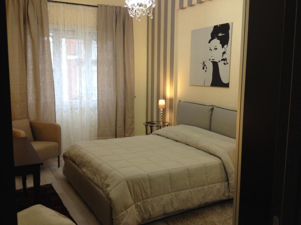 dreamsrome lux roma prenotazione on line viamichelin. Black Bedroom Furniture Sets. Home Design Ideas