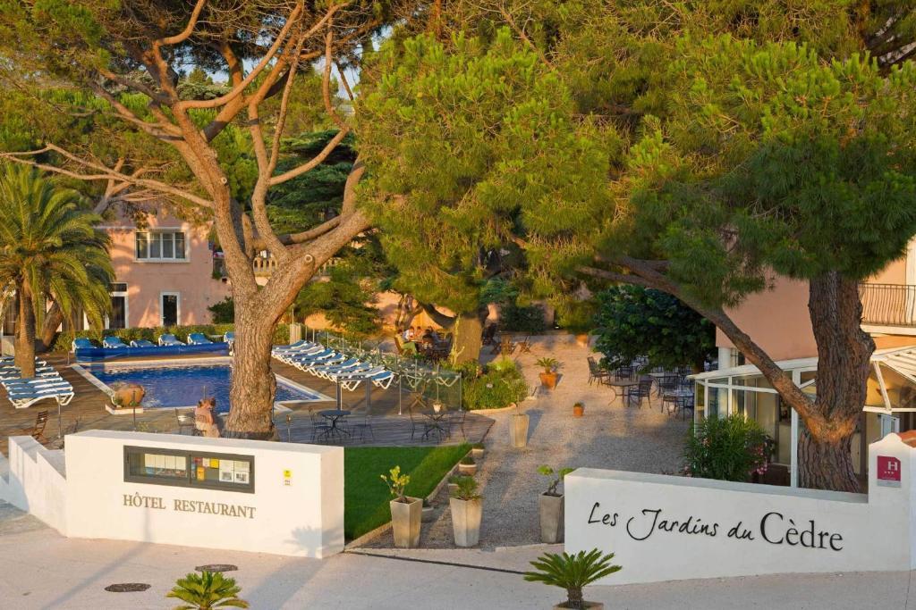 Le Cèdre PortVendres A Michelin Guide Restaurant - Hotel sur le quai port vendres