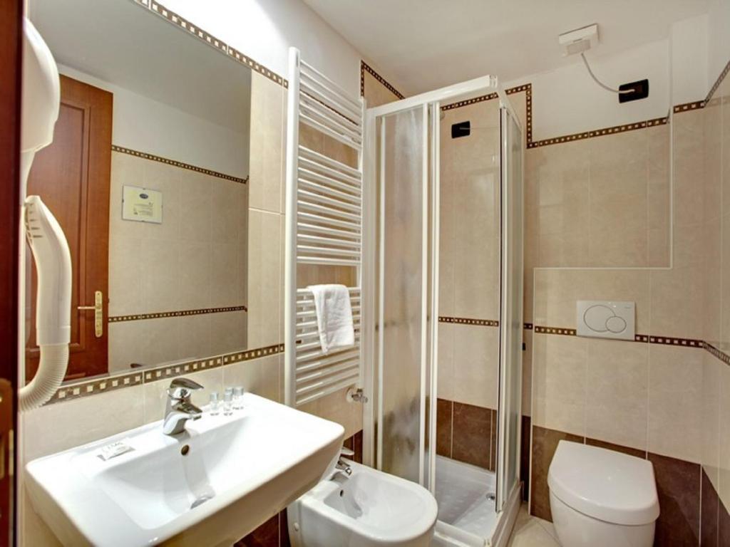 Charming Garden Houses Apartments Venice Ideas - Simple Design Home ...