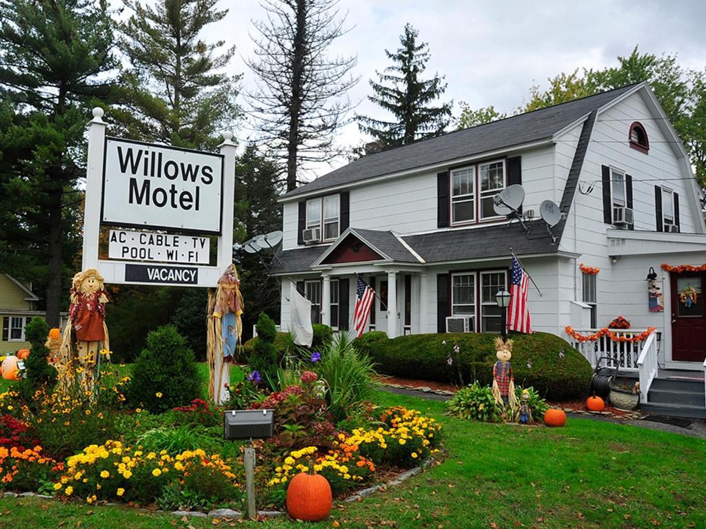 Willows Motel Williamstown Ma