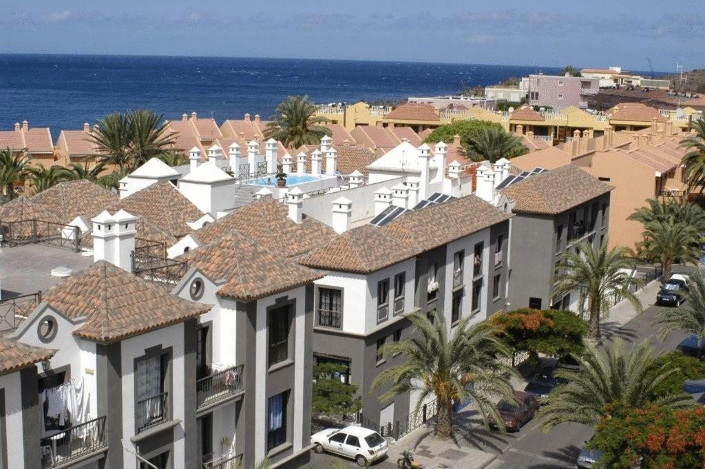 Apartamentos las mozas la calera book your hotel with viamichelin - Apartamentos valle gran rey la gomera ...