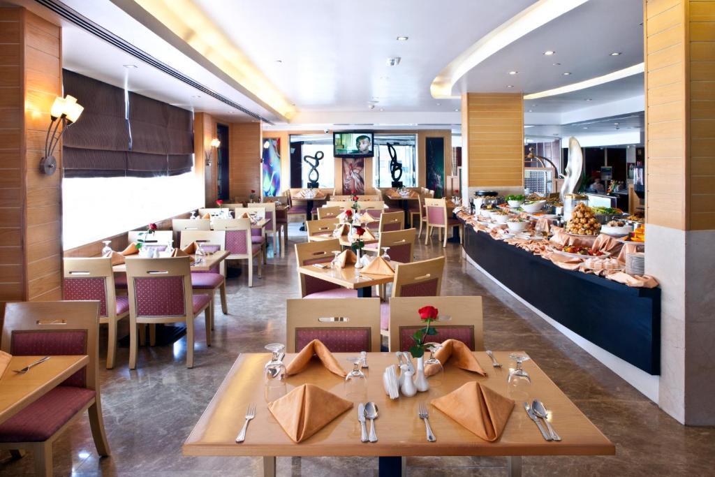 Landmark riqqa hotel r servation gratuite sur viamichelin for Chambre de commerce francaise a dubai