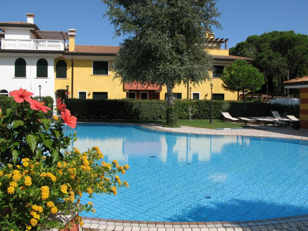 Le residenze degli aceri rossi italia lido di jesolo - Hotel con piscina jesolo ...