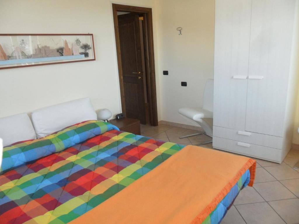 Foresteria hostaria del golfo verbania reserva tu hotel for Hotel meuble moderno laveno