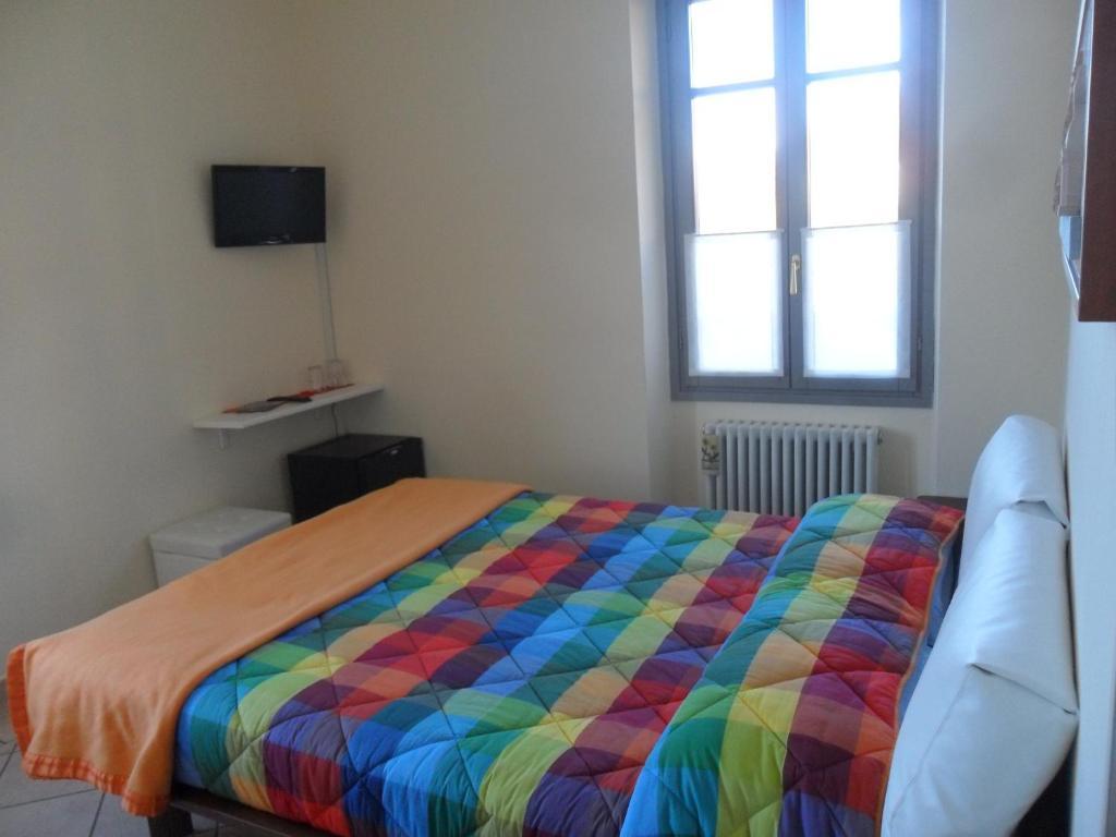 Foresteria hostaria del golfo verbania viamichelin for Hotel meuble moderno laveno