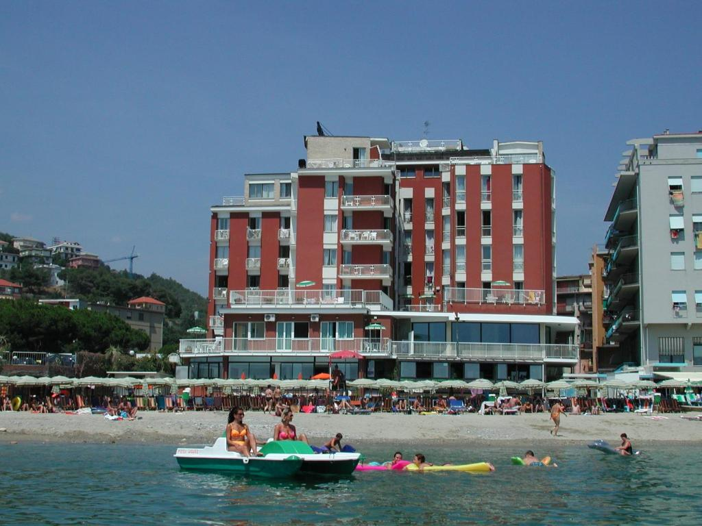 Hotel Pietra Ligure  Stelle