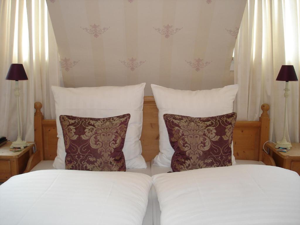 bayrischer hof wohlf hl hotel saarbr cken saarbr cken reserva tu hotel con viamichelin. Black Bedroom Furniture Sets. Home Design Ideas