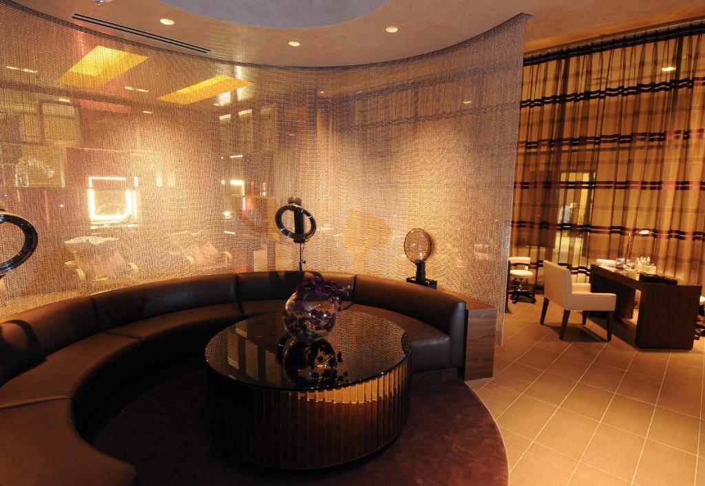 Un lugar para sentarse en M Resort Spa & Casino
