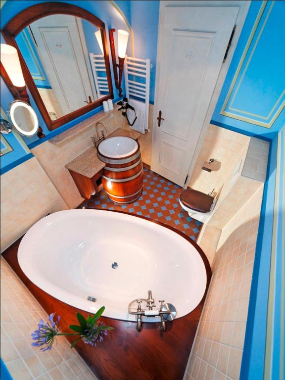 romantik hotel der adelshof schw bisch hall reserva tu hotel con viamichelin. Black Bedroom Furniture Sets. Home Design Ideas