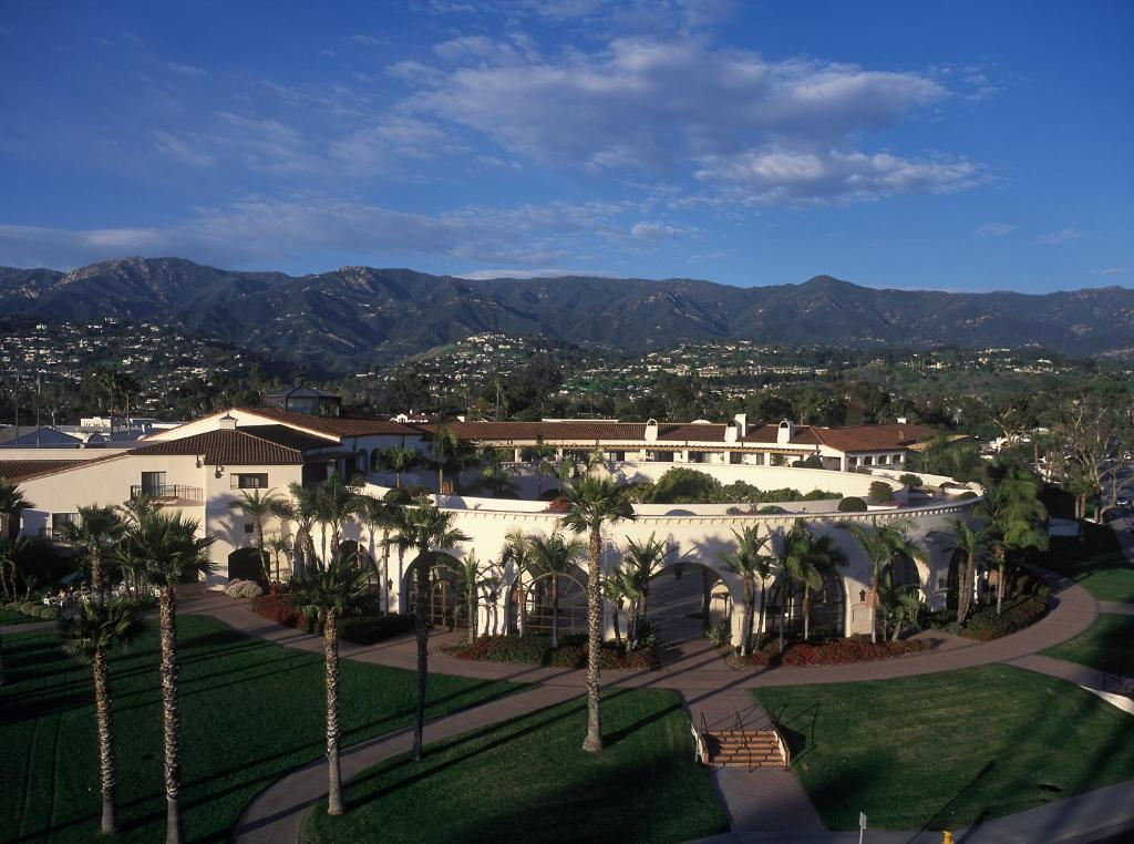 The Fess Parker A Doubletree By Hilton Resort Santa Barbara Book Your Hotel With Viamichelin