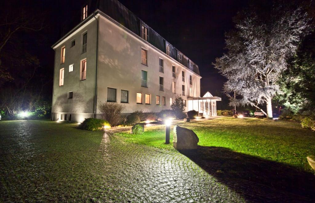 Novum Hotel Koln Silence Garden
