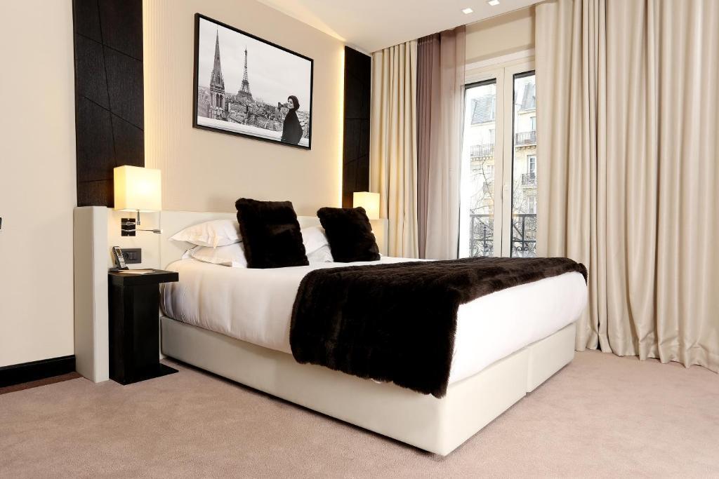 H tel elys es paris paris informationen und buchungen for Hotels 75017
