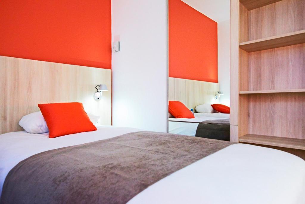 kyriad douai douai viamichelin informatie en online. Black Bedroom Furniture Sets. Home Design Ideas