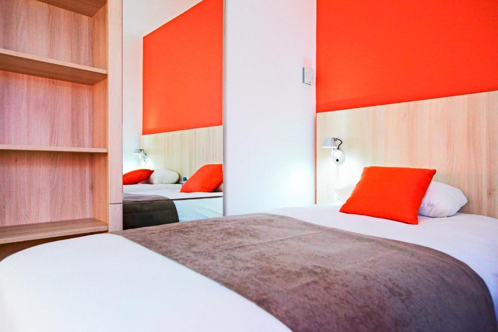 kyriad douai r servation gratuite sur viamichelin. Black Bedroom Furniture Sets. Home Design Ideas