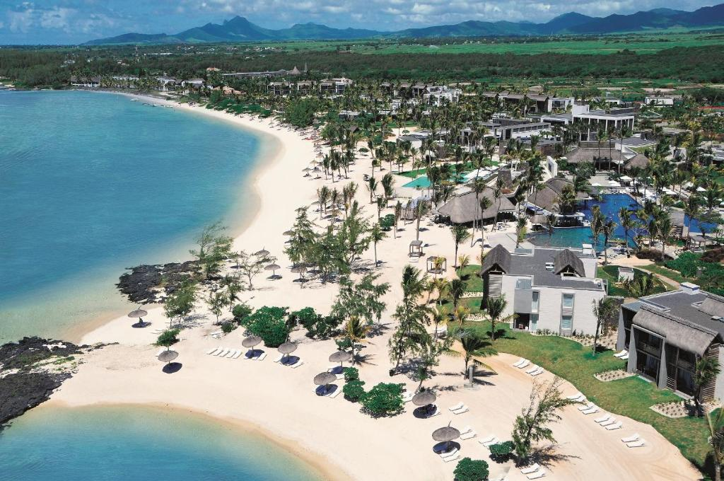 Long beach golf spa resort ilhas maur cio belle mare for Le marde hotel