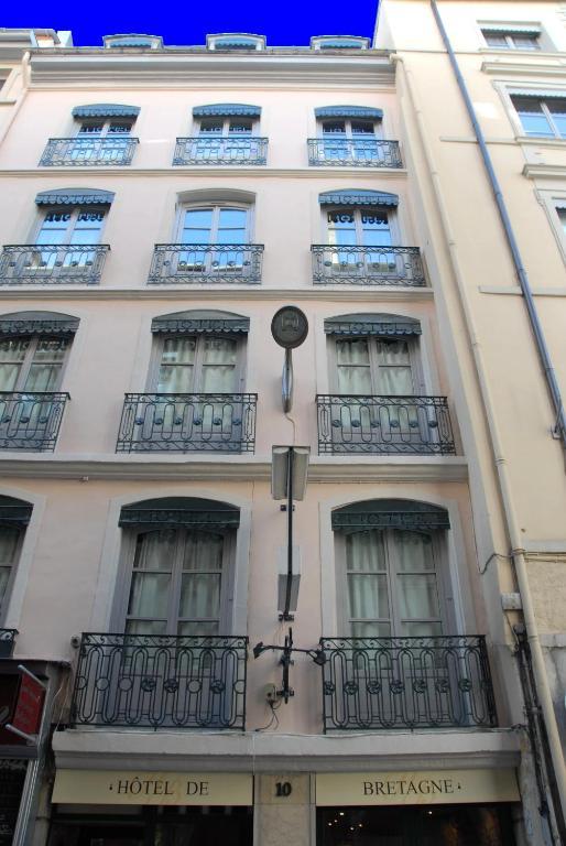 Hotel de bretagne lyons online booking viamichelin for Hotels 69002 lyon