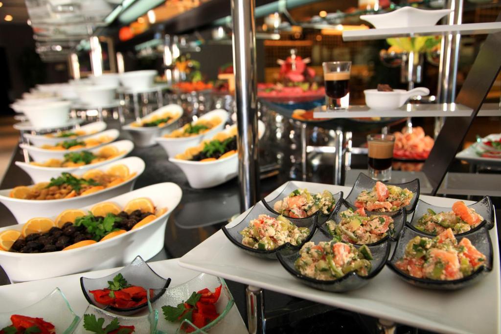 Baños Turcos Kingdom:Ramada Plaza Istanbul Asia Airport – Çayırova- reserva tu hotel con