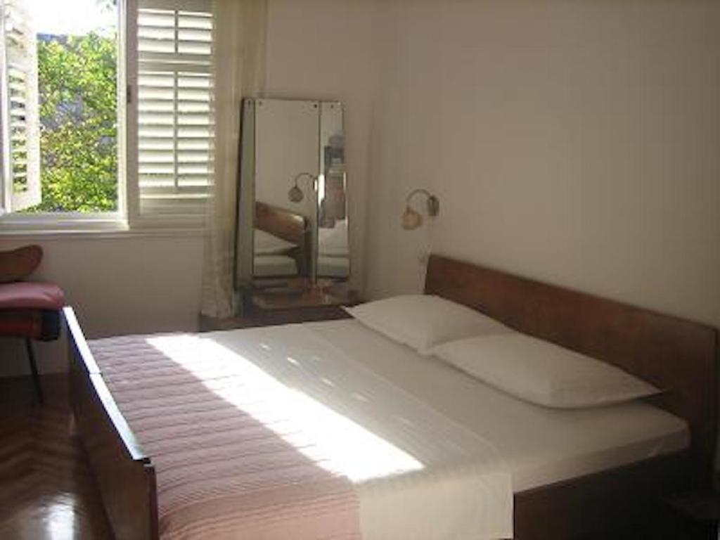 Apartments Lucac Manus
