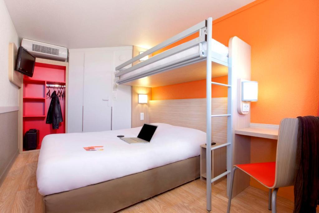 premiere classe bordeaux sud pessac becquerel pessac prenotazione on line viamichelin. Black Bedroom Furniture Sets. Home Design Ideas