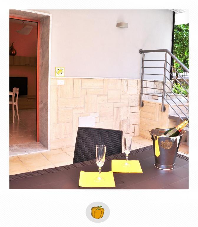 Villa franca mini appartamenti appartements bisceglie for Mini arredo bisceglie