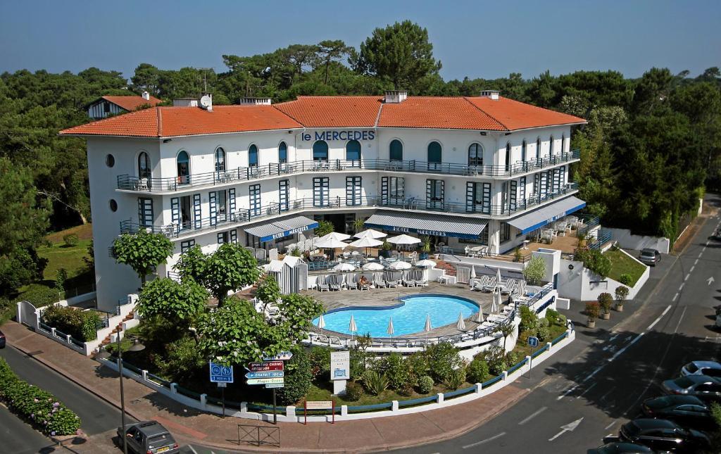 Hotel le mercedes soorts hossegor for Appart hotel hossegor