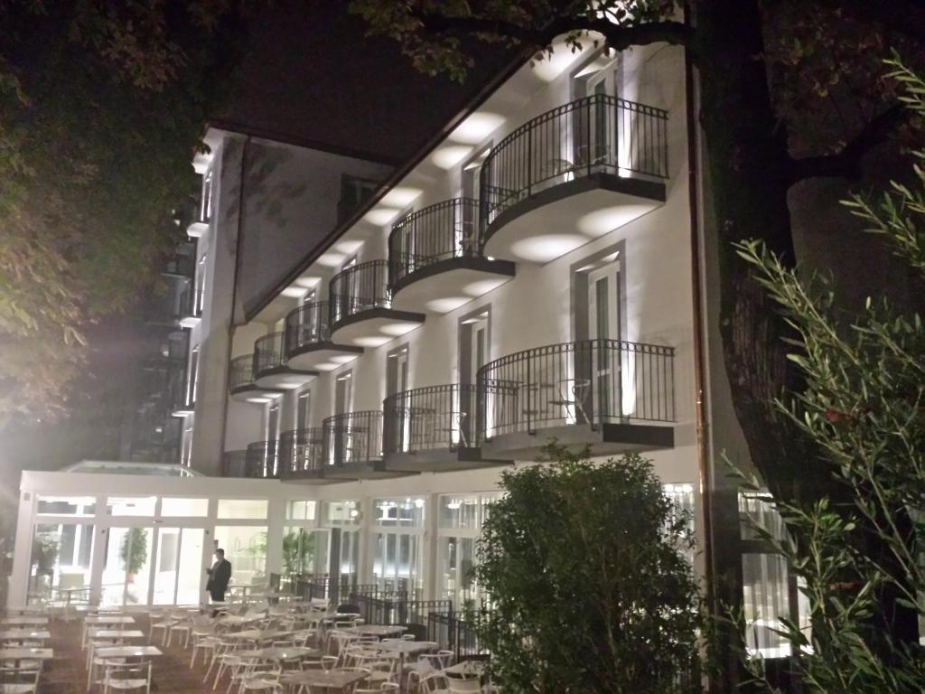 Boutique hotel calzavecchio casalecchio di reno online for Hotel a casalecchio di reno