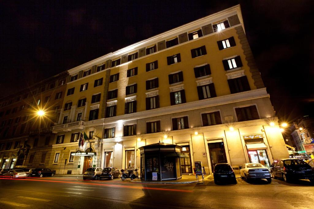 Hotel nord nuova roma rome book your hotel with for Hotel roma booking