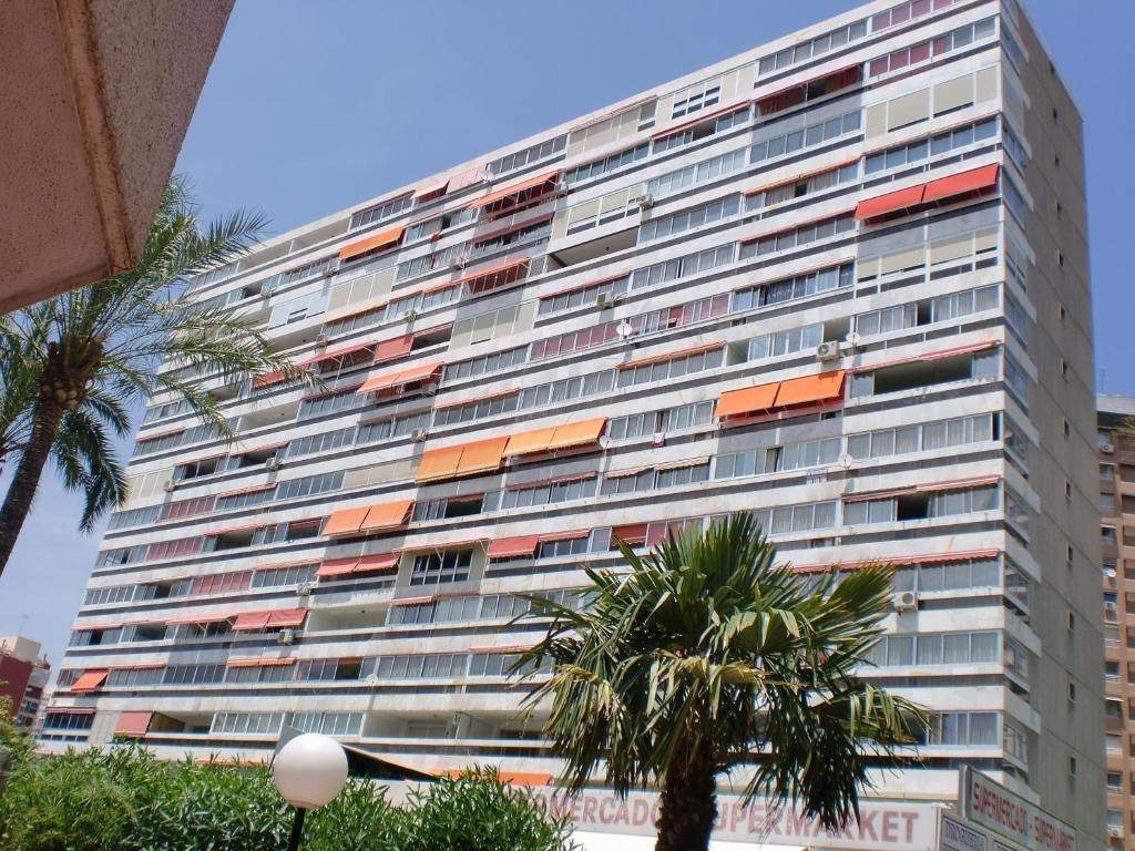 Apartamentos cervantes espa a benidorm - Ofertas de apartamentos en benidorm ...
