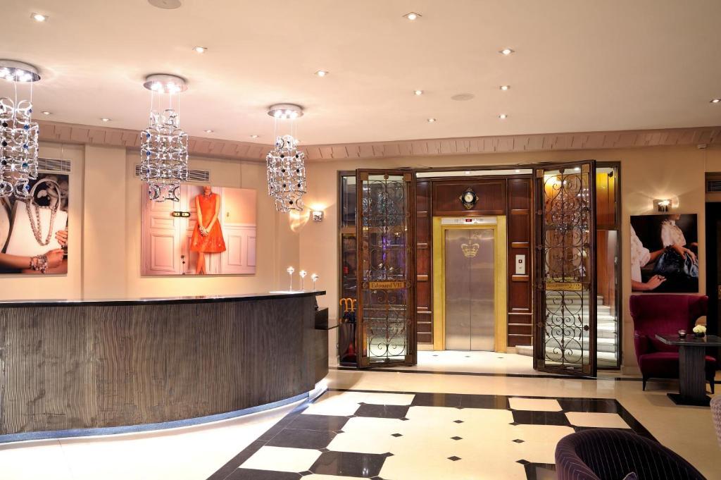 Edouard 7 paris op ra paris book your hotel with for Seven hotel paris booking