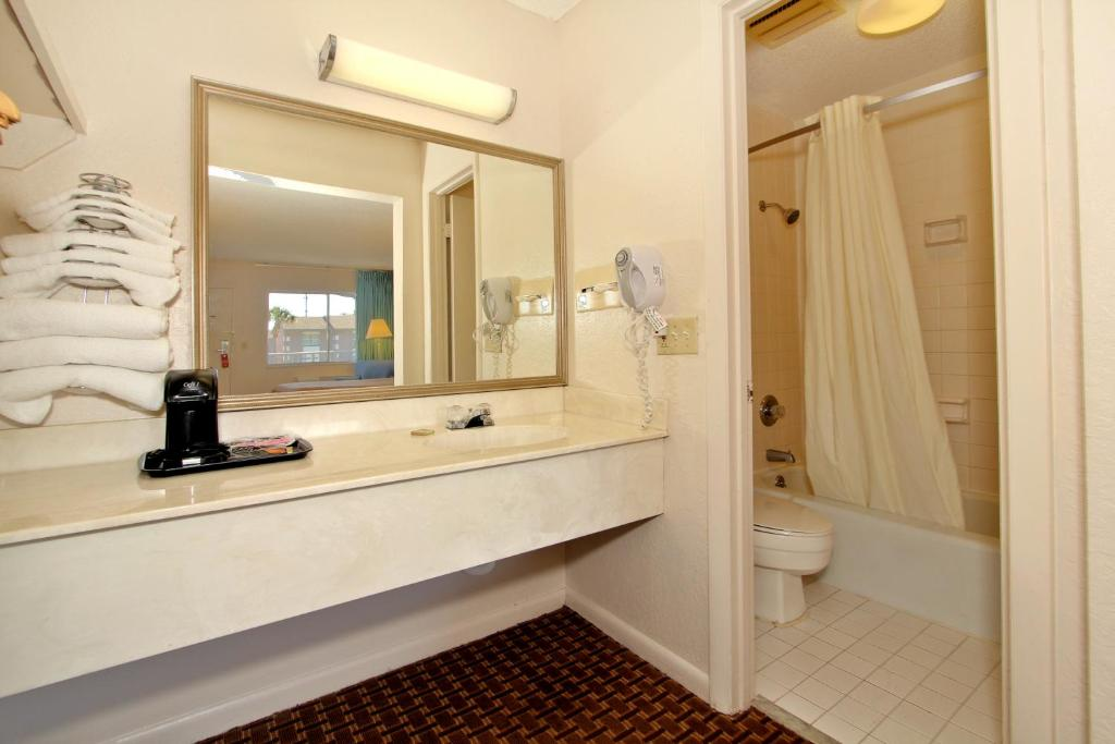 Super 8 Kissimmee Suites Kissimmee Book Your Hotel