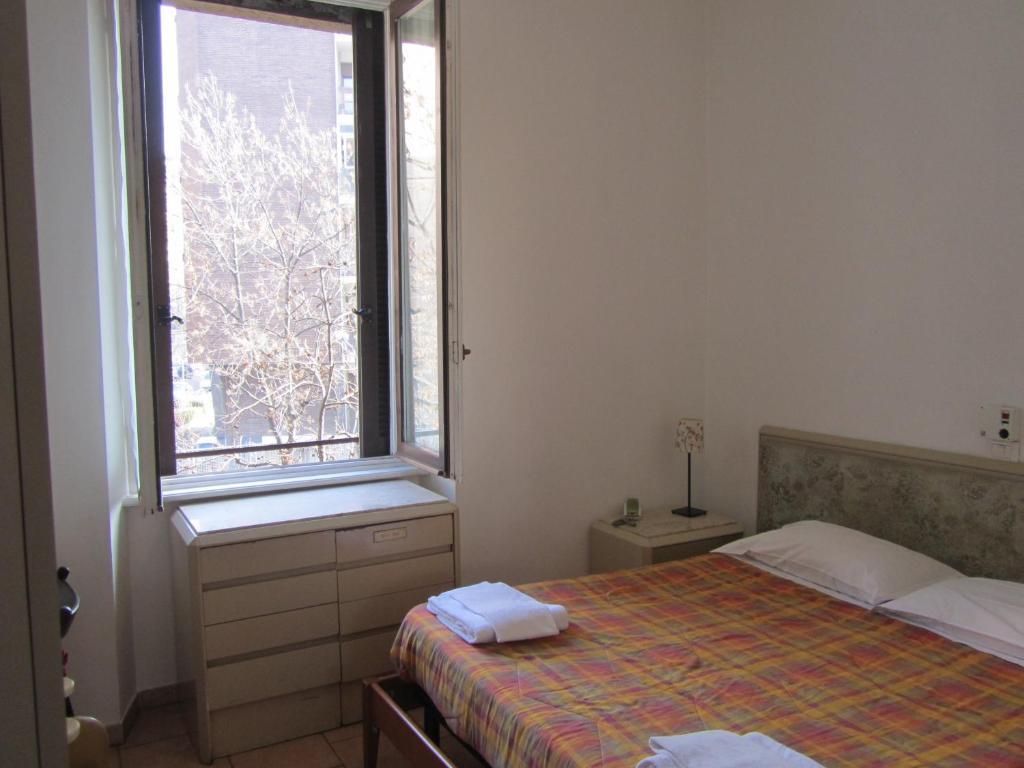 hotel gambara milano prenotazione on line viamichelin