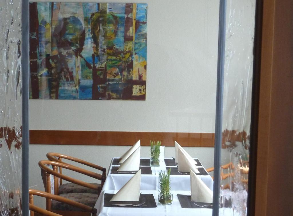 Hotel restaurant goldenstedt delmenhorst online for Delmenhorst hotel
