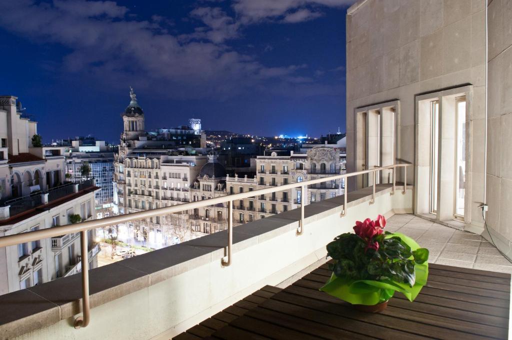 Apartamento tico paseo de gracia barcelona - Atico barcelona ...