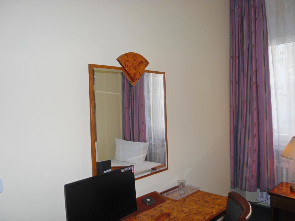Hotel amadeus central r servation gratuite sur viamichelin for Central reservation hotel