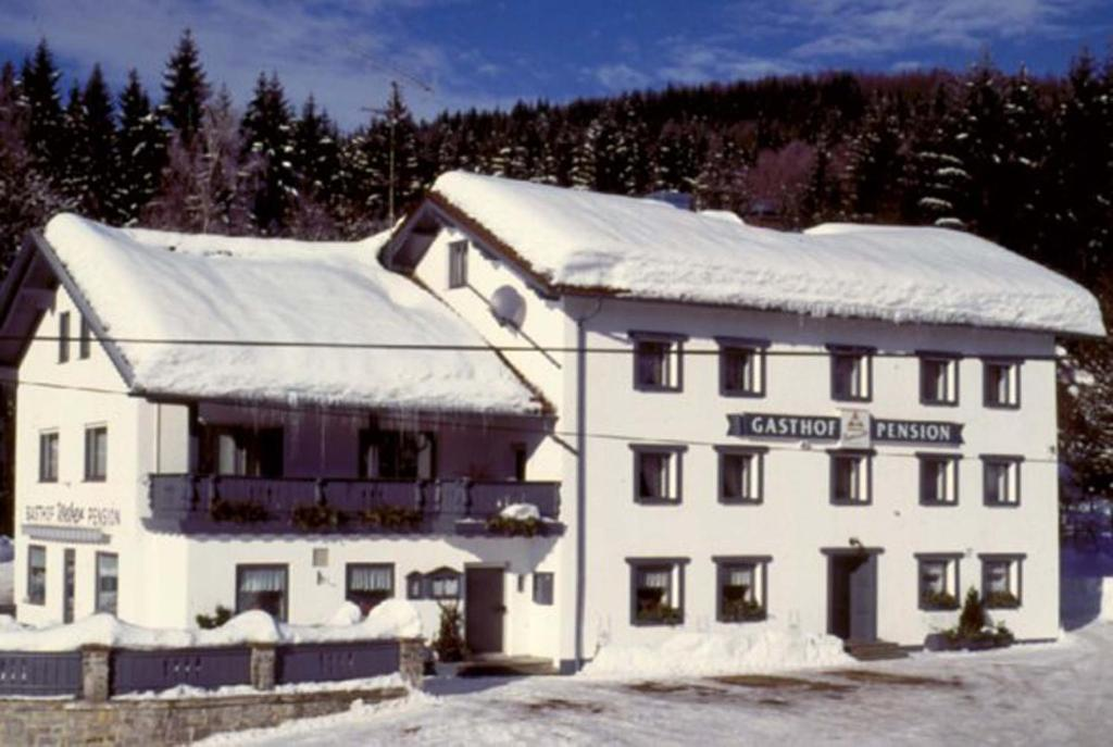 Zur alten dampfs ge gasthaus pension weber frauenau for Pension weber
