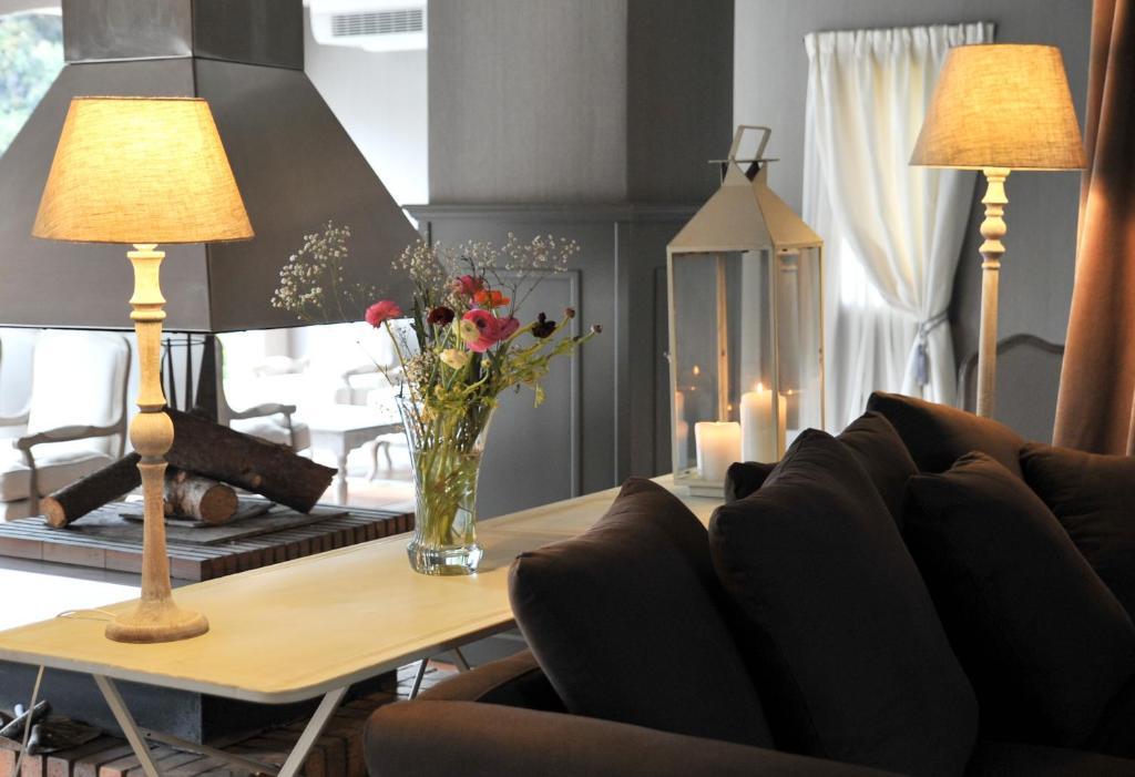 La lune de mougins hotel spa mougins book your for La lune salon