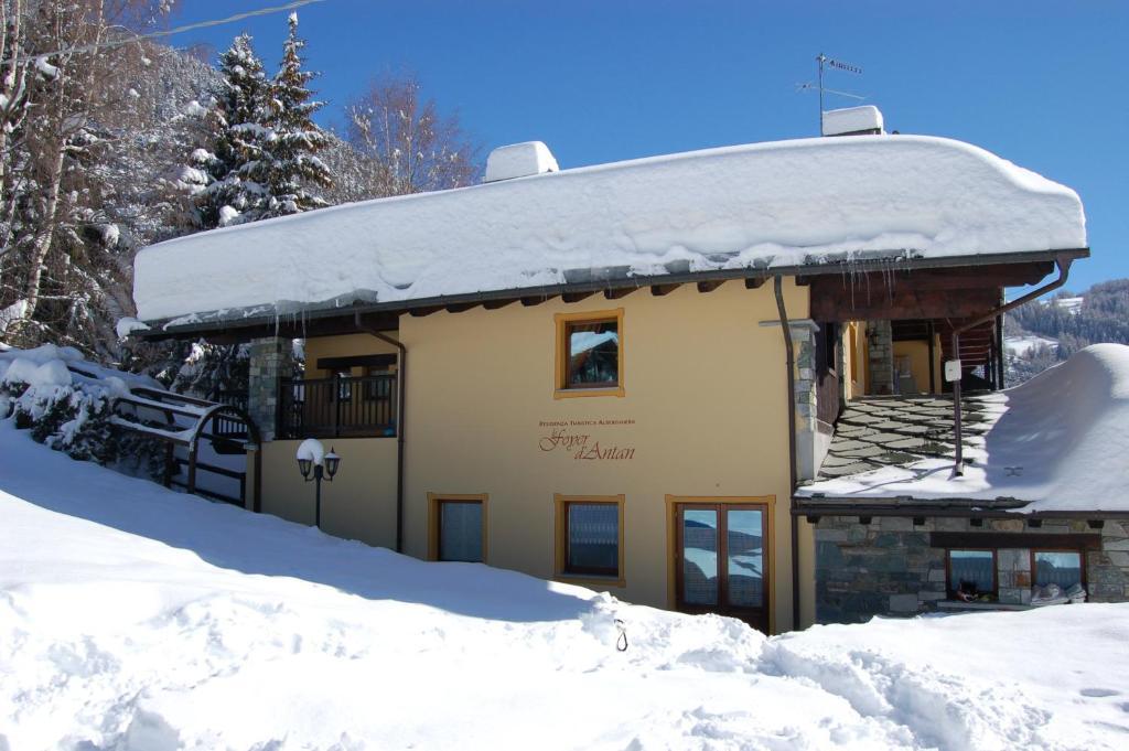 Hotel Foyer Du Fond Brusson : Residence foyer d antan réservation gratuite sur viamichelin