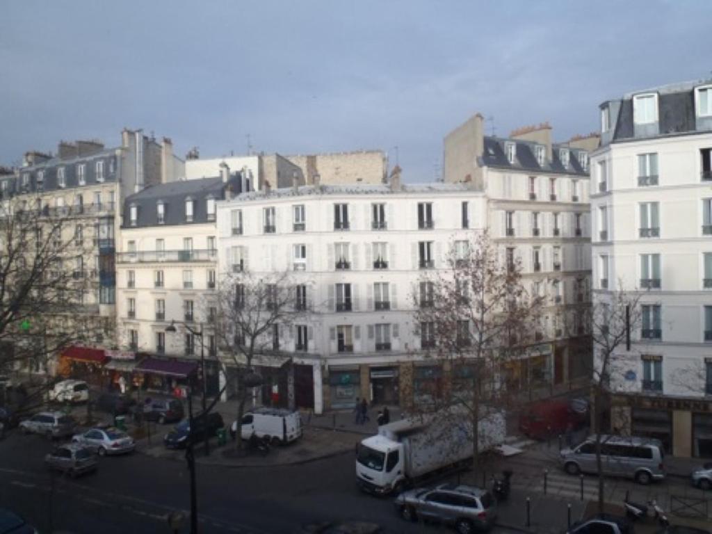 apartment living in paris tourville pariz fr 6 ocene gostov rezervirajte hotel sedaj. Black Bedroom Furniture Sets. Home Design Ideas