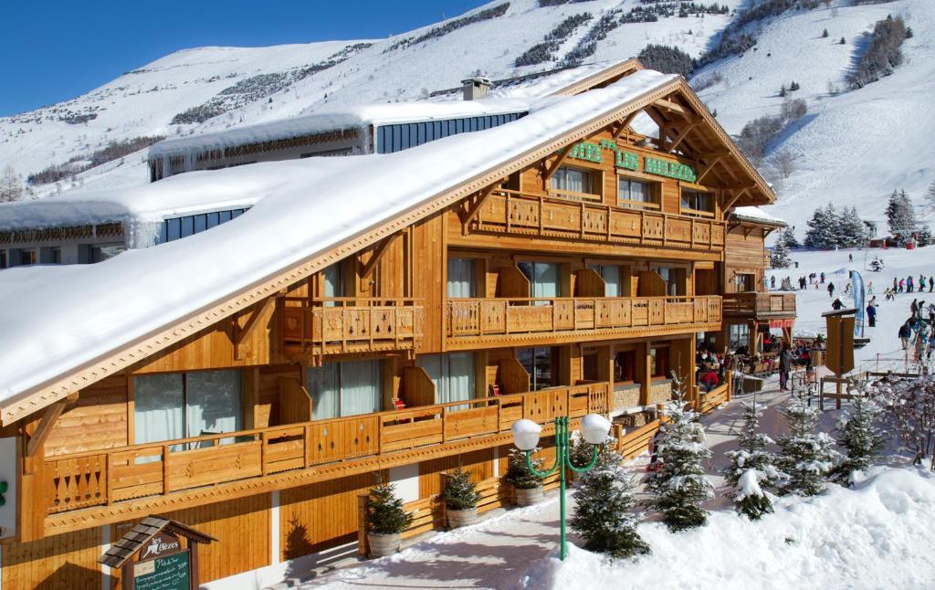Hotel les m l zes les deux alpes for Hotels 2 alpes