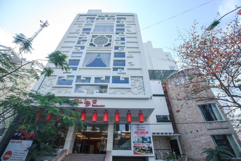 Khách sạn Đèn Lồng Đỏ