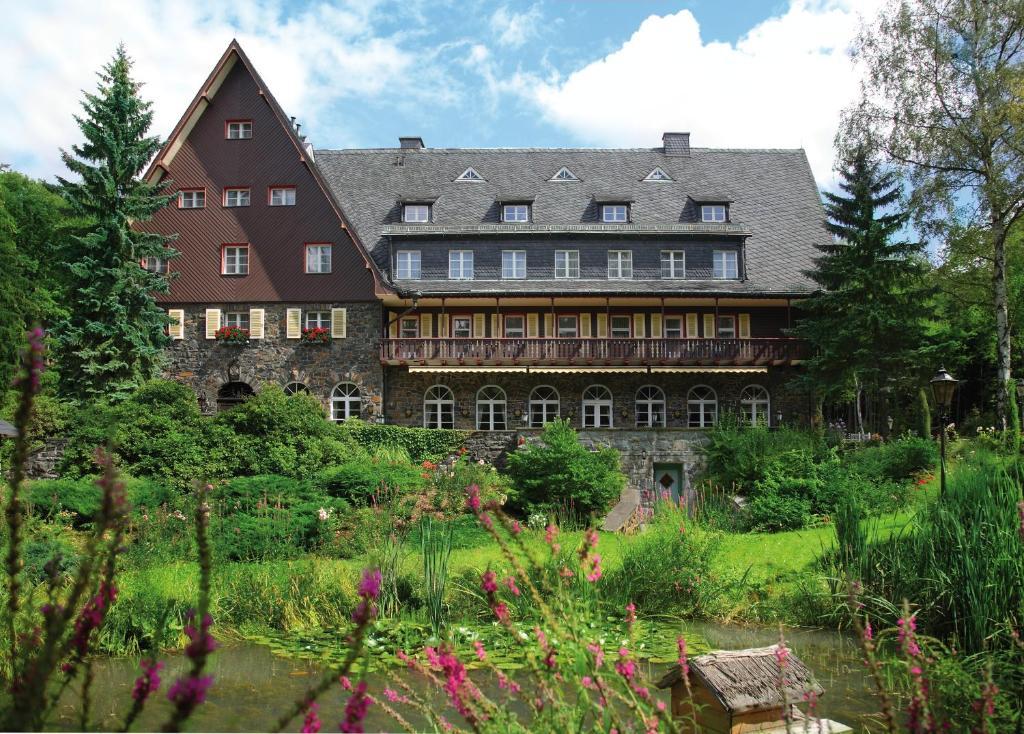 Romantik hotel jagdhaus waldidyll hartenstein reserva for Romantik hotel